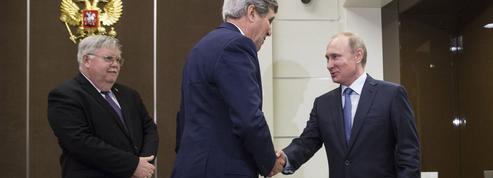 Kerry et Poutine s'expliquent à Sotchi
