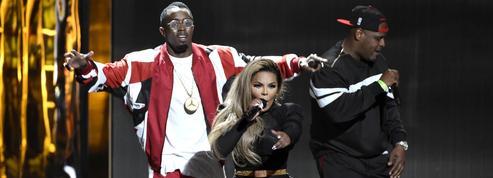 P. Diddy chute sur scène pendant les BET Awards