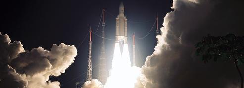 Une constellation de 900 satellites va diffuser Internet sur Terre