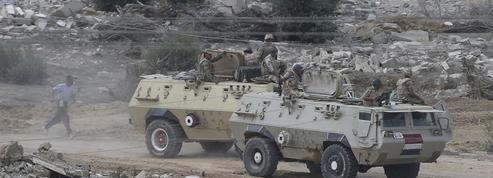 L'État islamique attaque l'armée égyptienne dans le Sinaï