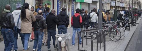 Ce que prévoit la loi sur le droit des étrangers en France