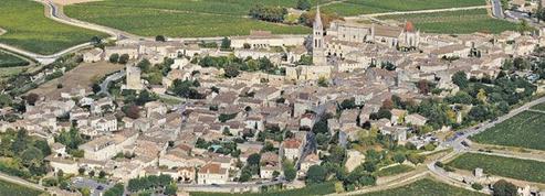 Patrimoine : pourquoi l'Etat doit protéger les châteaux de la « France périphérique »