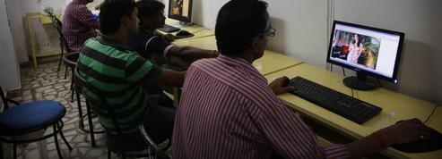 Le gouvernement indien revient sur l'interdiction de la pornographie en ligne