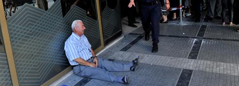 «Il reste à peine plus de 10.000 euros par Grec dans les banques»