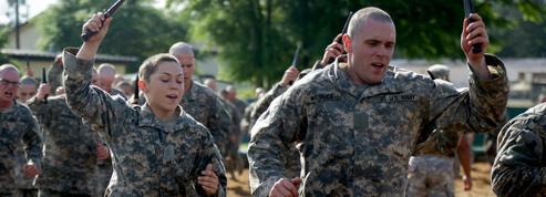 États-Unis: deux femmes achèvent avec succès une formation militaire d'élite