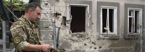 Ukraine : le feu couve de nouveau à Marioupol