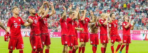 Un million d'euros, stage d'entraînement: le Bayern Munich s'engage pour aider les migrants