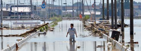 Inondations au Japon : 25 disparus et des centaines de personnes bloquées