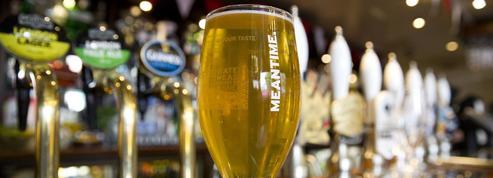 Le Sénat fixe un prix minimum pour les boissons lors des «happy hours»