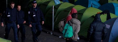 Le Figaro empêché de suivre l'évacuation du camp de migrants quai d'Austerlitz