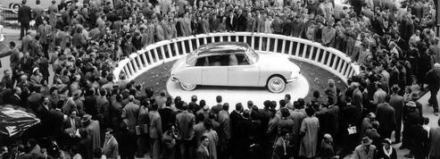 La DS 19, star du salon de l'auto en 1955