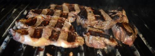 À l'étranger, les gros consommateurs de viande défendent leur bifteck
