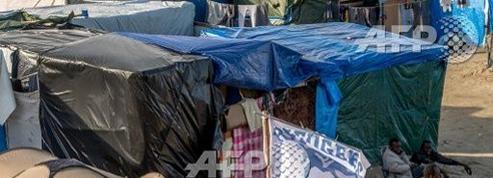 Un meilleur ouvrier de France enseigne au camp de Calais