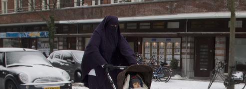 Cérémonie de naturalisation en niqab au Canada : les ravages du relativisme culturel