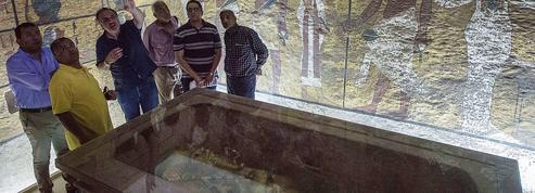 Tombe secrète de Néfertiti: de nouvelles analyses en Égypte dès jeudi