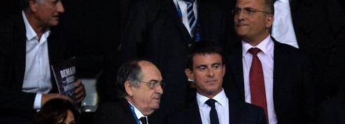 Manuel Valls: si Benzema «n'est pas exemplaire, il n'a pas sa place» en équipe de France