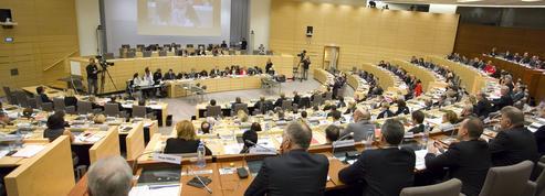 Nord-Pas-de-Calais-Picardie : séance tendue entre les Républicains et les frontistes