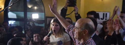 Juppé fait l'éloge de la «diversité» devant les jeunes