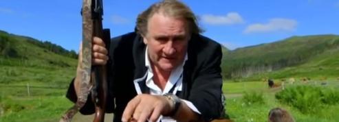 Gérard Depardieu «fume des Cerfs» dans une publicité absurde