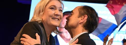Présidence du FN : Ménard veut le retrait de Marine Le Pen