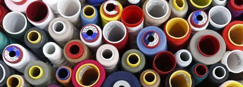 Pourquoi le polyester risque d'envahir vos armoires