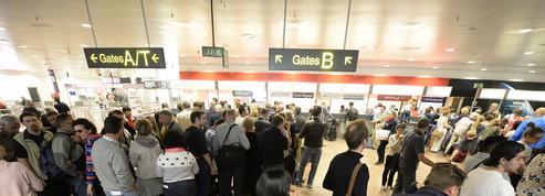 Attentats à Bruxelles: comment le trafic aérien s'organise