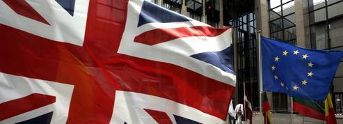 Brexit : les expatriés de plus en plus nombreux à demander la nationalité britannique