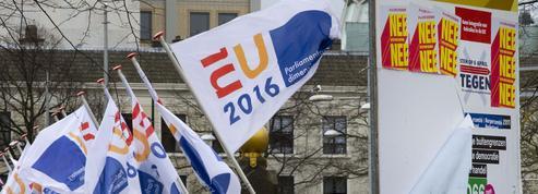 Référendum : l'Europe tétanisée par la gifle néerlandaise