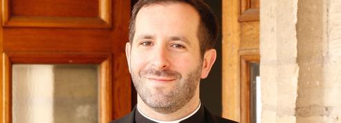 Abbé Grosjean : «Pour un catholicisme décomplexé»