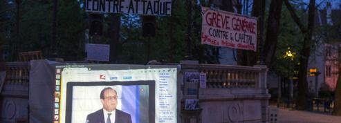 Hollande: contre la Nuit Debout, l'ennui assis