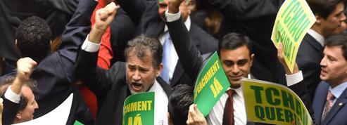 Destitution de Dilma Rousseff au Brésil: l'heure de vérité au Parlement
