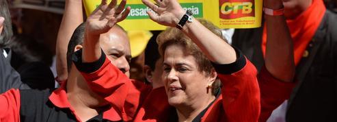 Dilma Rousseff donne un coup de barre à gauche avant sa possible destitution