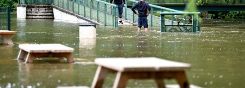 Inondations: facture élevée pour les assureurs