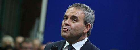 Contre Sarkozy, Bertrand s'oppose au retour du cumul des mandats