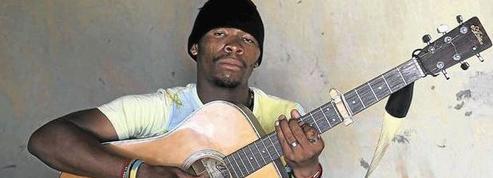 22 ans de prison pour s'être fait passer pour un chanteur zoulou mort