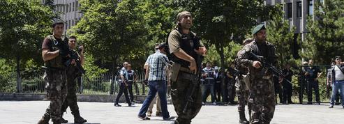 Turquie: la répression des putschistes par Erdogan inquiète la communauté internationale