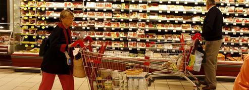 Auchan: une caissière licenciée pour avoir accordé «quelques euros» de réduction
