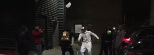 Après le match, Paul Pogba s'offre une danse sur le parking du stade