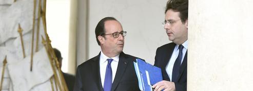 Hollande tancé par son secrétaire d'État Matthias Fekl sur son livre-confessions