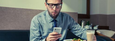 37% des actifs utilisent leurs outils numériques professionnels en dehors du travail