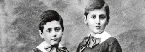 À la recherche de Robert Proust: frères ennemis et inséparables