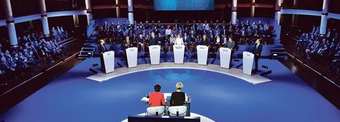 Impôts : les candidats de droite prévoient la suppression du prélèvement à la source