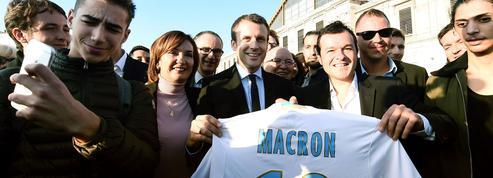 À Marseille, Macron s'entoure de nombreux élus guérinistes
