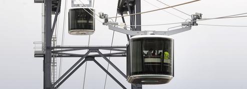 Le premier téléphérique urbain français entre en service
