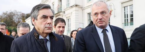 Violente passe d'armes entre Fillon et Juppé sur l'avortement