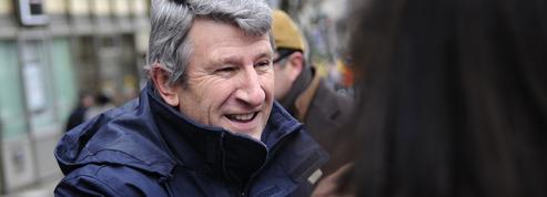 Pour Philippe de Villiers, François Fillon «ne sera pas présent au second tour»