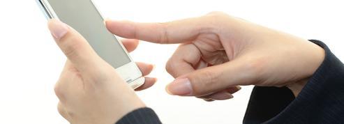 De plus en plus de Français font les soldes sur leur téléphone portable