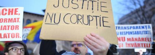 Corruption : la France reste 23e du classement de l'ONG Transparency