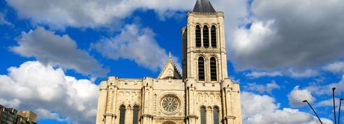 Tensions autour de la flèche de Saint-Denis