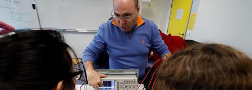 Classe inversée: quand les lycéens se passionnent pour la physique via des vidéos